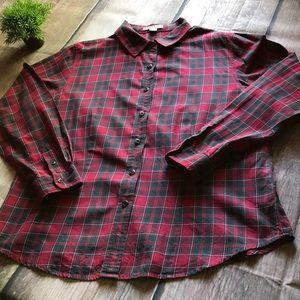 Pendleton long sleeved plaid blouse in Large